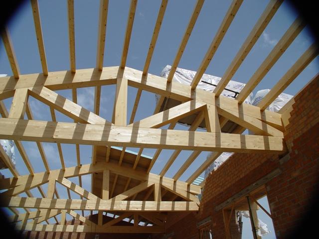 Tecnifusta vigas de madera laminada - Restaurar vigas de madera ...